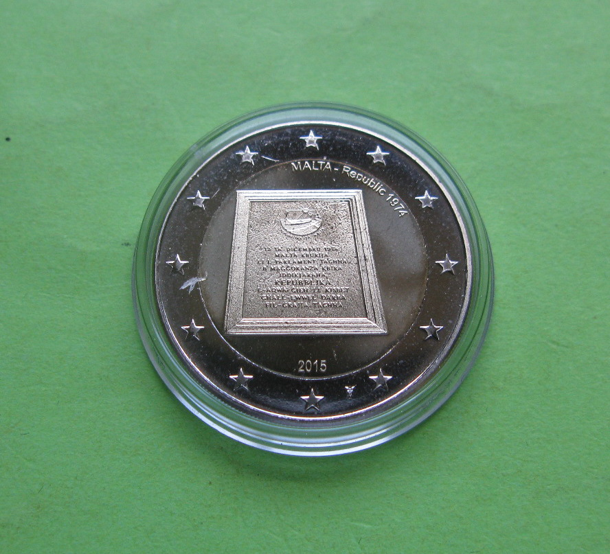 Мальта 2 евро 2015 г. Республика 1974 года (со знаком монетного двора)