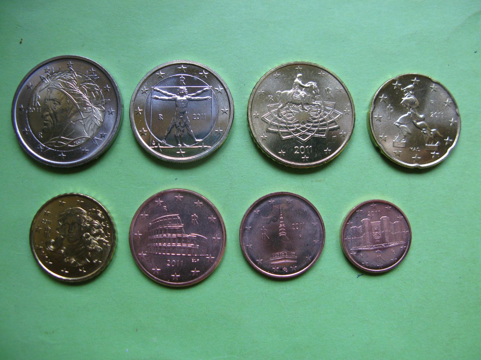Италия набор евро 2011 UNC