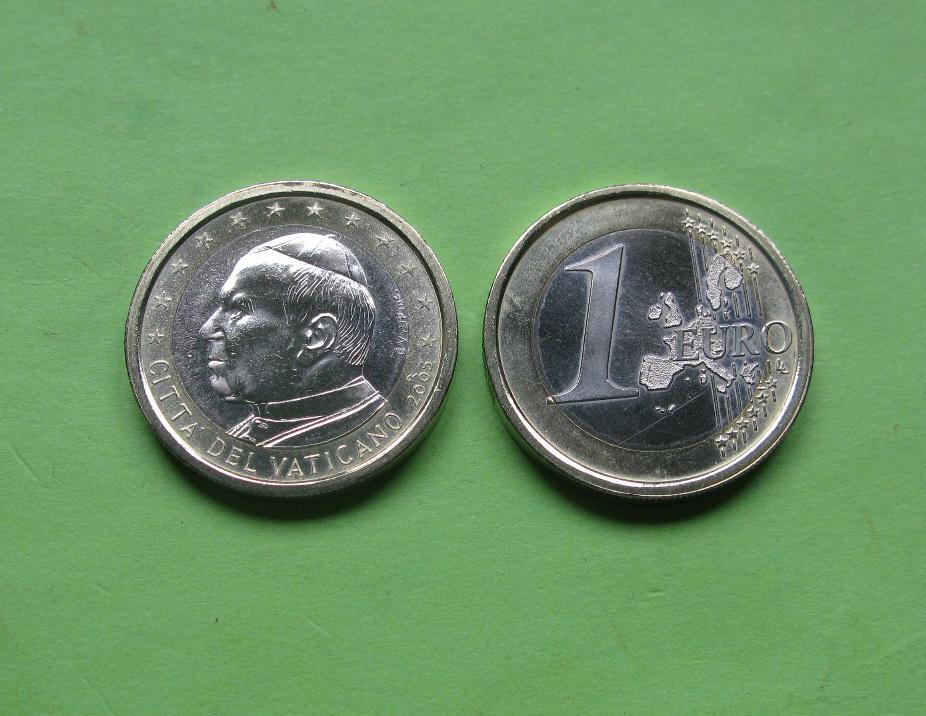Ватикан 1 евро 2005 г. Папа Иоанн Павел II