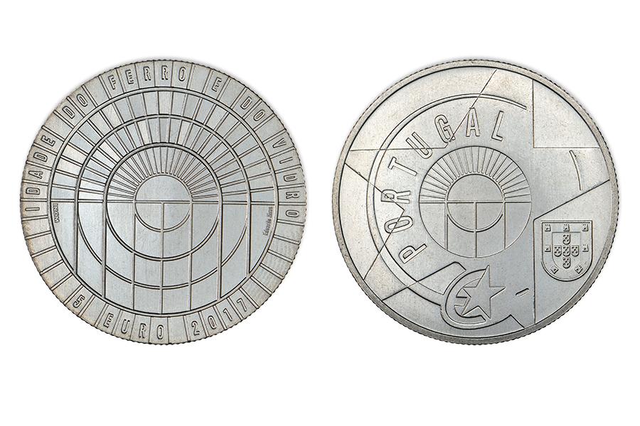 Португалия 5 евро 2017 г.   Эпоха стекла и металла