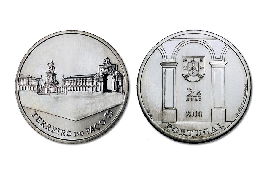 Португалия 2,5 евро 2010 г. Площадь Терейру ду Пасу